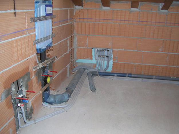 Ristrutturazioni complete trieste impresa di costruzioni - Impianto idraulico bagno ...